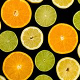 切片桔子柠檬和石灰果子 免版税库存照片