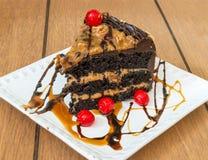 切片焦糖蛋糕 图库摄影