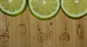 切片石灰或柠檬 免版税库存图片