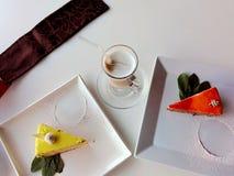 切片红萝卜和柠檬结块与釉 免版税库存照片