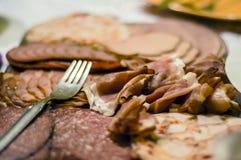 切片肉早餐开胃菜特写镜头 免版税库存照片