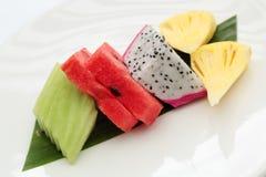 切片西瓜和果子 免版税库存照片