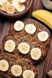 切片香蕉面包 免版税库存图片
