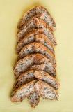 切片以圣诞树的形式高山长方形宝石 免版税库存照片