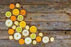 切的柑橘水果,桔子,石灰,水多的果子背景 库存图片