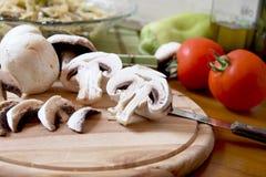切的蘑菇 库存照片
