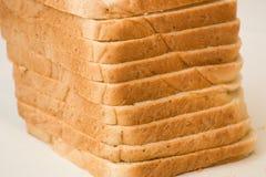 切的面包大面包 免版税图库摄影