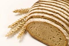 切的面包大面包 库存图片