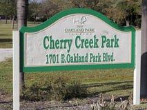 切里克里克外面公园标志 免版税库存图片