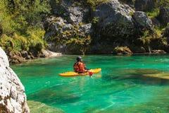 划皮船在Soca河,斯洛文尼亚 免版税图库摄影