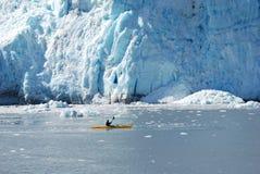 划皮船的阿拉斯加 免版税库存图片