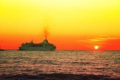 划线员海洋 免版税库存照片