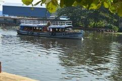 划船在喀拉拉 免版税库存图片