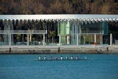 划船妇女 免版税库存图片