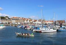 划船小船Anstruther在港口Anstruther 免版税图库摄影