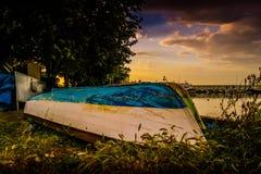 划艇在小游艇船坞 库存图片