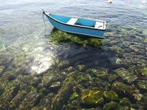 划艇在水中 库存图片