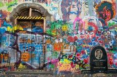列侬墙壁布拉格 免版税库存照片