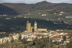 列奥纳多・达・芬奇` s镇在托斯卡纳意大利 免版税库存照片