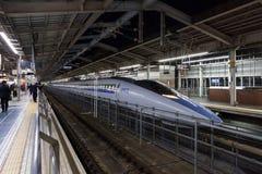 500系列子弹(高速, Shinkansen)火车 免版税图库摄影