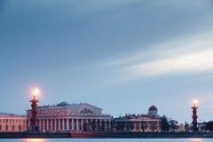 列彼得斯堡有船嘴装饰的俄国圣徒 免版税库存照片