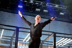 创伤synthpop带在音乐会执行在节日de les Arts 免版税库存照片