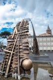 创立人的曲拱广场的加里波第Pomodoro 库存照片