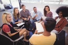 创造性的企业队计划在办公室 免版税库存图片