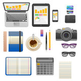 创造性的办公室工作区的平的现代设计传染媒介例证概念 库存照片