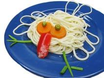 创造性的意大利面食食物鸟形状 免版税图库摄影