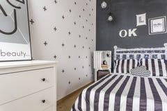 创造性的样式黑白卧室 库存照片