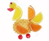创造性的橘子果酱果冻甜食物天鹅形式 库存图片