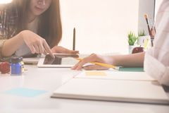 创造性的谈的或见面的计划设计工作在办公室 库存图片