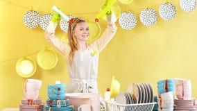 创造性魅力家庭主妇洗碗液实验 股票录像