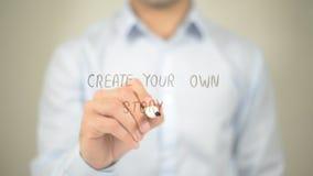 创造您自己的故事,在透明屏幕上的人文字 免版税库存图片