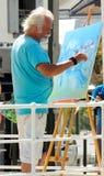 创造绘画的艺术家 库存图片