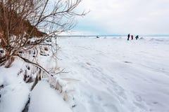 初期冬天,结冰新西伯利亚r的Ob 图库摄影