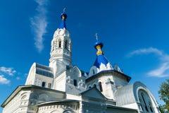利佩茨克州,俄罗斯- 8月10 2016年 圣德米特里Solunsky教会在村庄Korobovka,地标 图库摄影