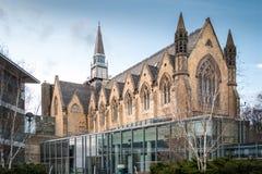 利兹大学商学院教堂 免版税库存图片