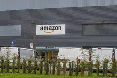 利兹,英国- 2017年9月6日 亚马逊分配中心,逻辑 免版税库存照片