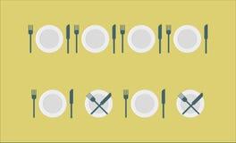 利器设置了-板材,叉子,刀子 免版税库存图片