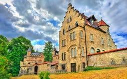 利希滕斯泰因城堡看法在巴登-符腾堡州,德国 免版税库存照片