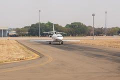 利文斯东- 2013年10月14日:地方飞机经常是唯一的m 库存照片
