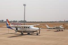 利文斯东- 2013年10月14日:地方飞机经常是唯一的m 免版税库存照片