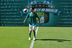 拉斐尔Marquez正式地被提出作为俱乐部利昂的新的球员 免版税图库摄影
