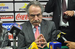 decio de玛丽亚, Liga MX的总统在会议的 免版税库存照片