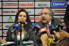 会议的Decio de玛丽亚和巴巴拉Botello 库存图片