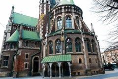 利沃夫州,乌克兰- 2018年2月4日:St伊丽莎白教会在冬天,巴洛克式和哥特式建筑的,后门利沃夫州 免版税库存照片