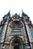 利沃夫州,乌克兰- 2018年2月4日:St伊丽莎白教会在冬天,巴洛克式和哥特式建筑的,中央入口利沃夫州 免版税库存图片