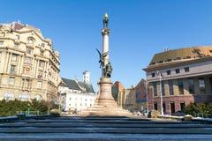利沃夫州,乌克兰- 2017年2月14日:纪念碑擦亮,立陶宛和白俄罗斯语的全国诗人亚当・密茨凯维奇在利沃夫州,乌克兰 图库摄影